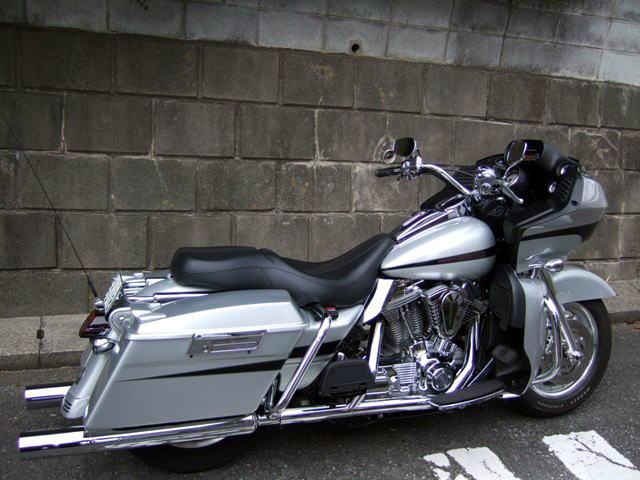 Harley-Davidson FLTRI Roadglide